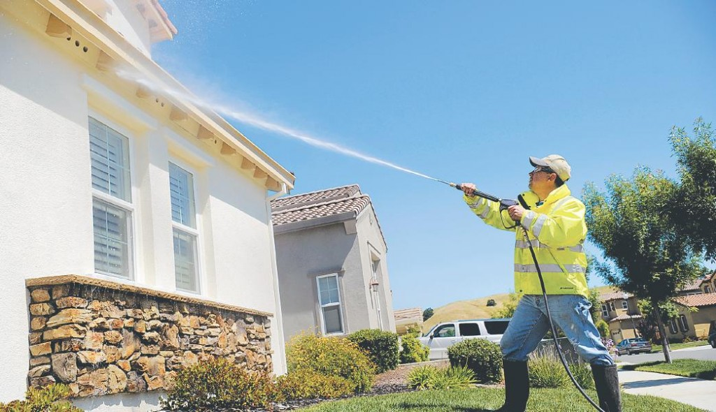 Pressure Wash Residential ~ Commercial ~ Industrial